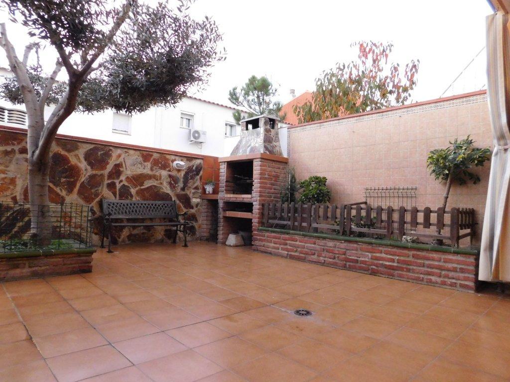 Casa en la gripia terrassa finques opengesfinver - Casas en terrassa ...