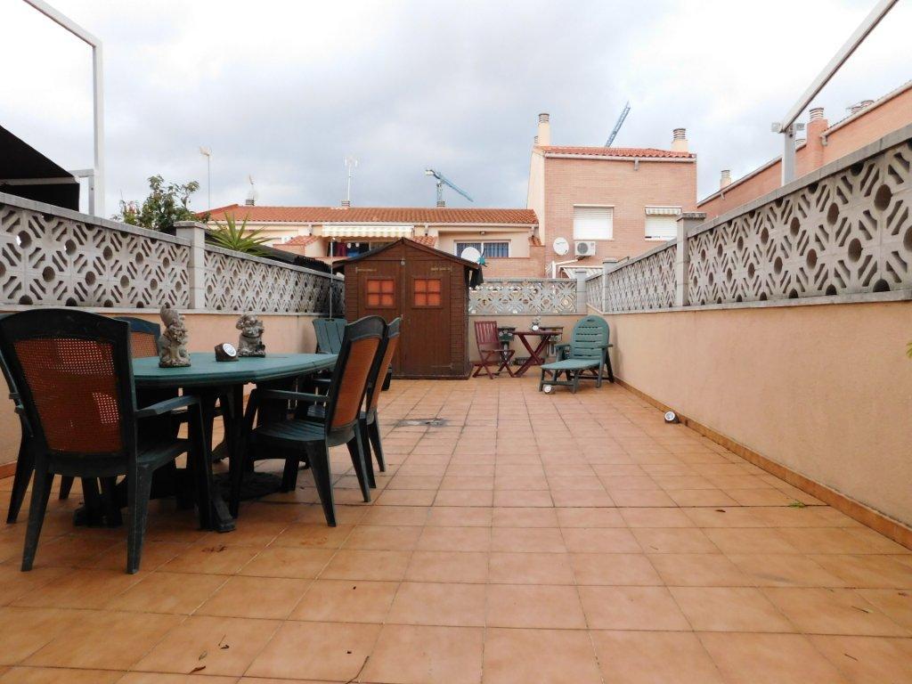 Casa en torressana terrassa finques opengesfinver - Casas en terrassa ...