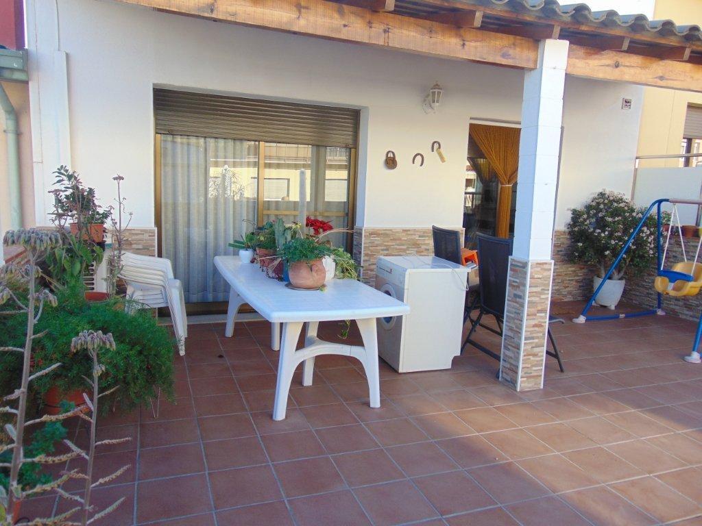 Casa a la gripia terrassa finques opengesfinver - Outlet casas terrassa ...